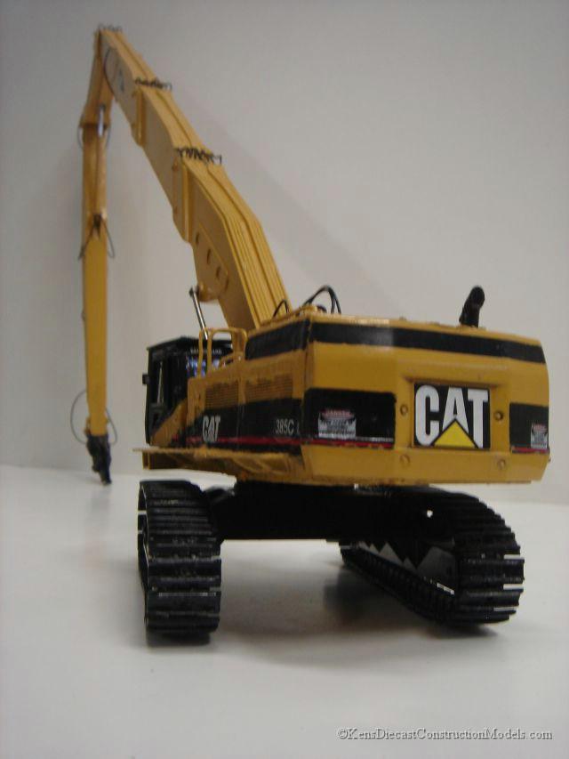 high reach demolition scale model